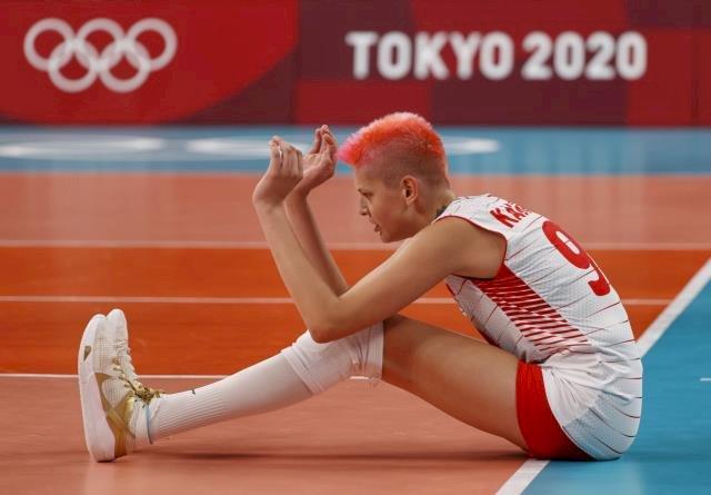 Filenin Sultanları,  Olimpiyat şampiyonu Çin'i set vermeden mağlup etti